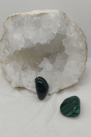pendentif pierre naturelle malachite douleurs inflammations